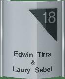 Gravoglas naambord gebogen in aluminium frame