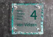 Glazen naambord gebrokkeld 20 x 20 cm