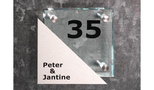 Glazen naambord met RVS