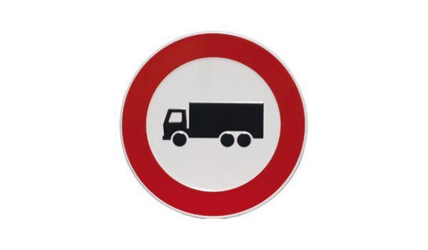 Verbodsbord Verboden voor vrachtwagens